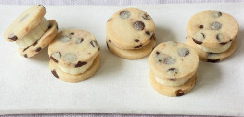 Banana Chocolate Chip Sandwiches