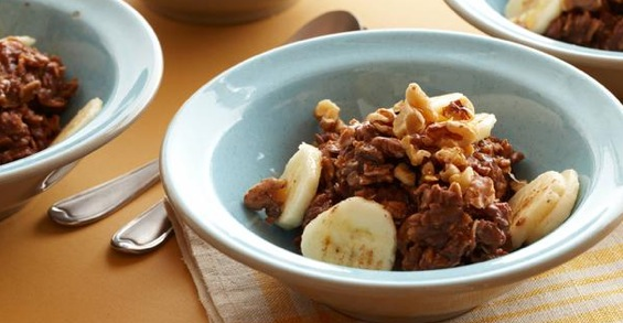 "Recipe ""Hot Chocolate"" Banana-Nut Oatmeal"
