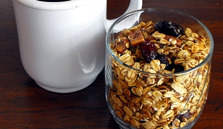 Recipe Homemade Strawberry Banana Granola