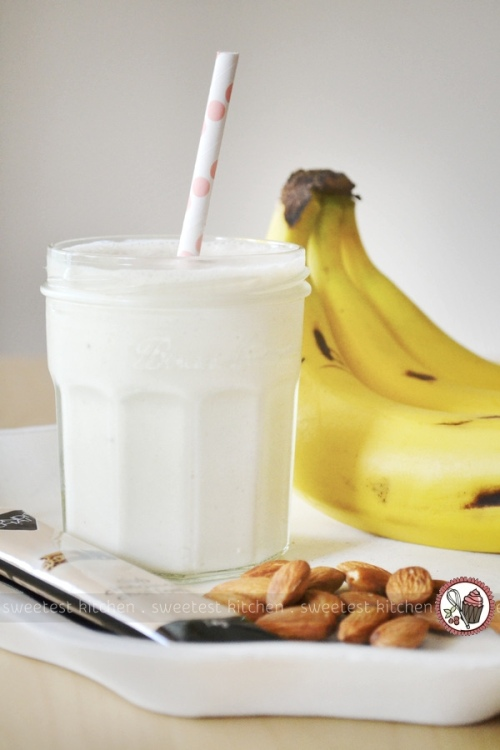 Easy-to-make Banana Chai Smoothie