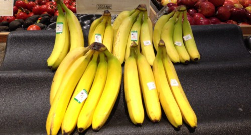 GROW organic banana display